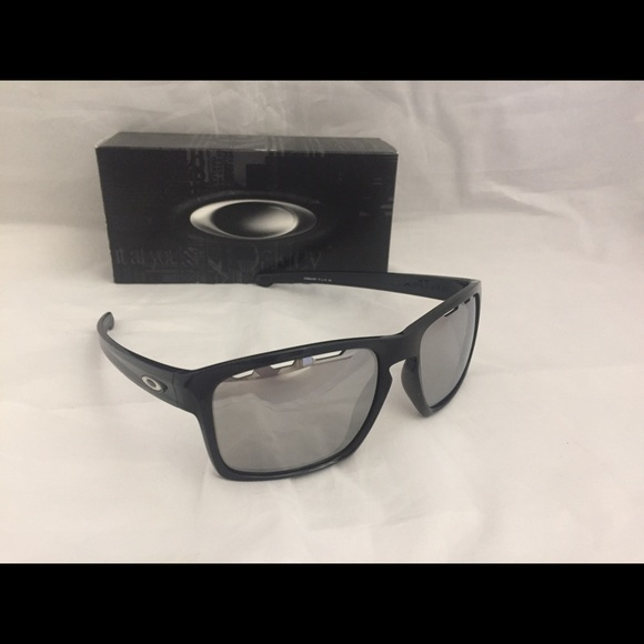 b4e0e2c426 New Oakley Sliver Vented Sunglasses Polished Black